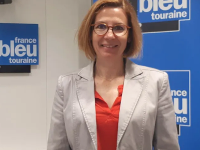 Marion Nicolay-Cabanne au micro de France Bleu Touraine